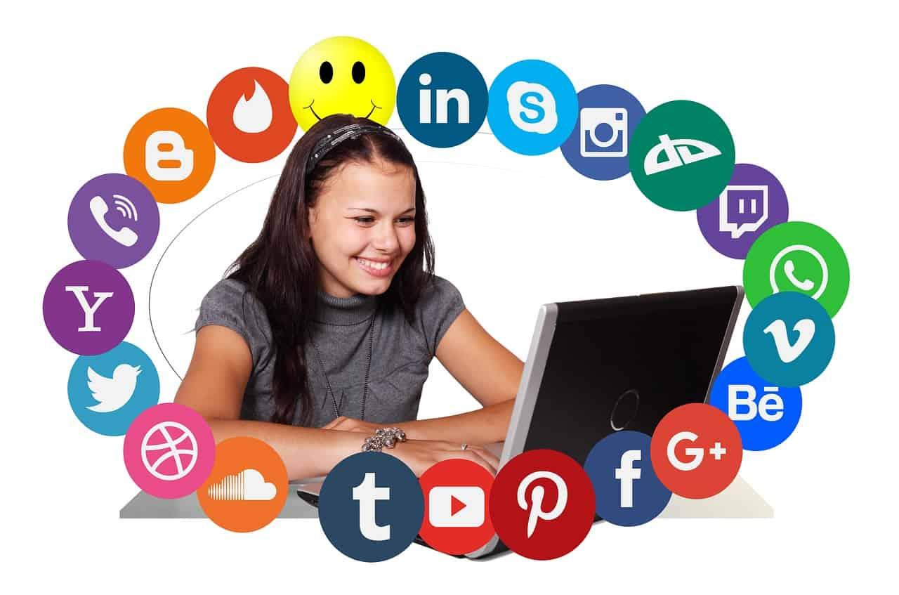 רשתות חברותיות